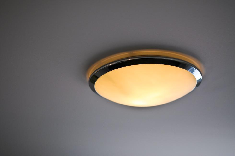 Radiance Bathroom Renovation Ottawa – ceiling lighting